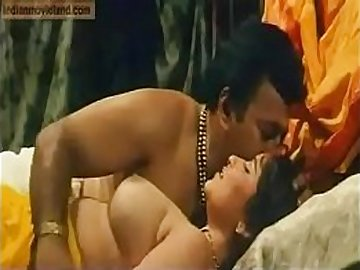 VID-20100915-PV0001-Chennai (IT) Tamil 30 yrs old unmarried beautiful, hot and sexy actress Reshma sex porn video