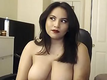 Indian bhabi live sex chat on www.JuicyGirlCams.com