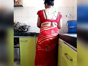 Telugu Aunty Hot Sex In Kitchen With Her Servant